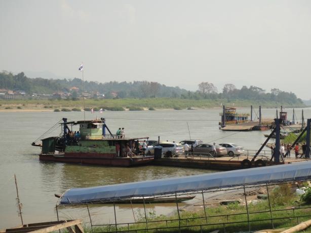 Chiang Khong Border